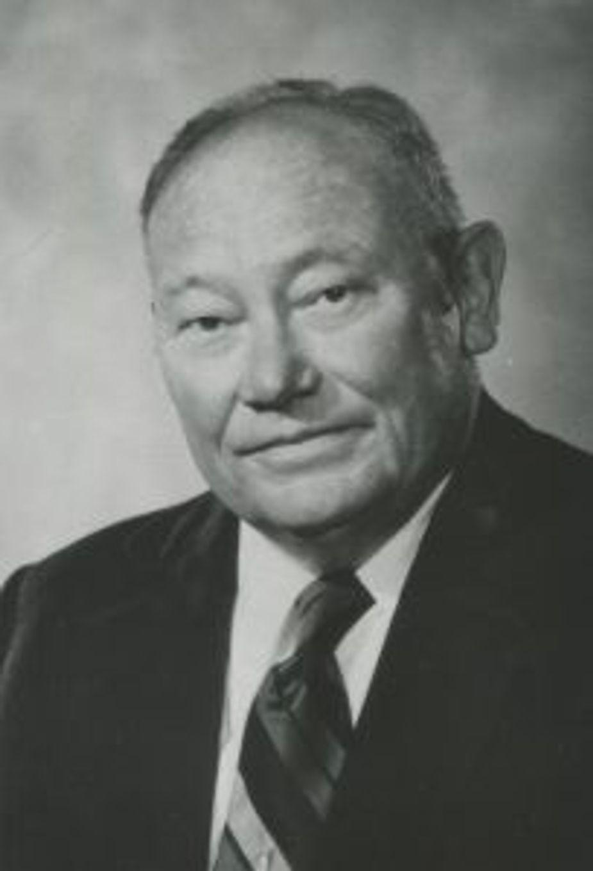 Donald W. Reynolds. Photo courtesy Oklahoma Journalism Hall of Fame
