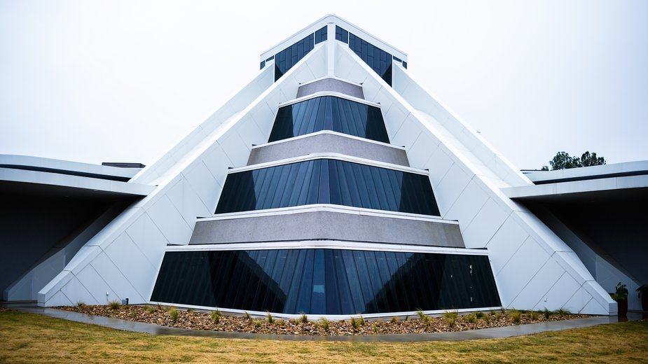 The pyramid addition to the museum was inspired by the Mexican pyramids Temple of the Moon in San Juan Teotihuacán and the Temple of the Magician in Uxmal. Photo by Laci Schwoegler/Retrospec Films