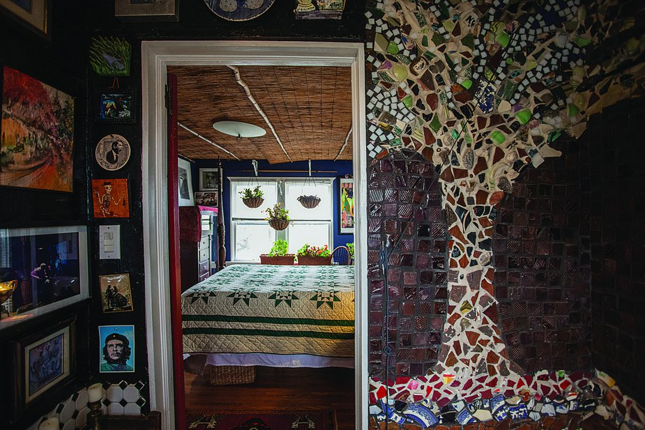 The Artist's Apartment above Liggett Pottery in Tulsa. Photo by Valerie Wei Haas